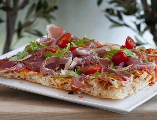Pizza (Pinsa Romana)